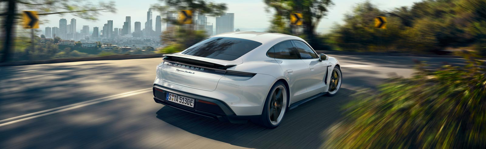 Porsche Taycan Turbo receives an EPA-rated range of 201 miles (323.5 km)