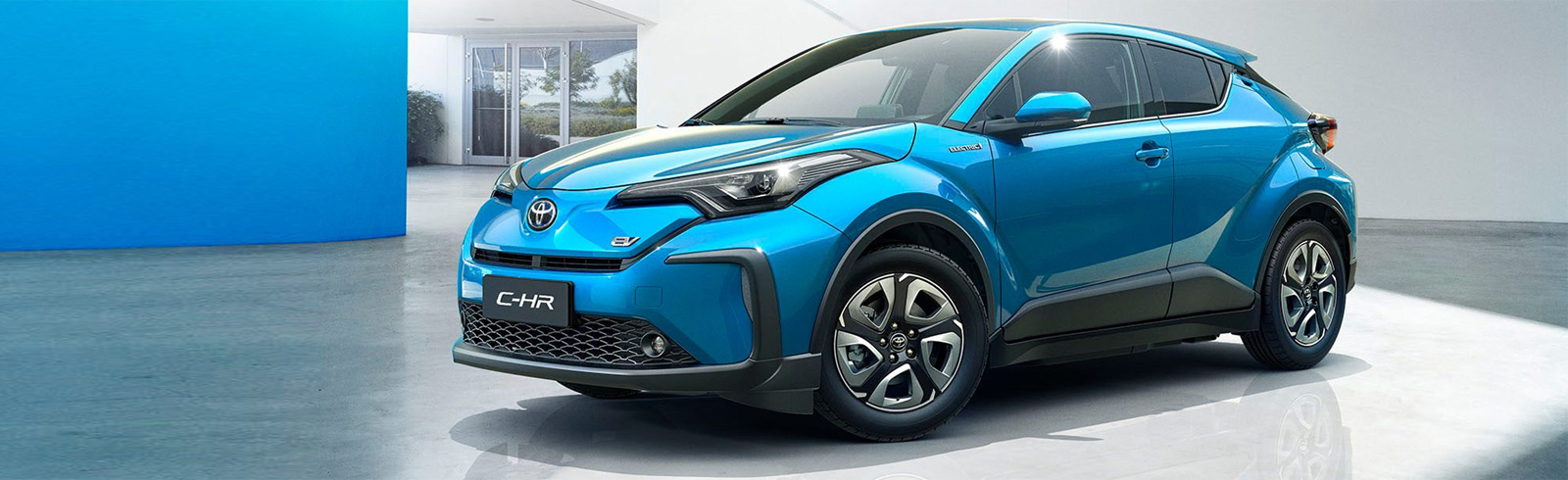 Toyota showcases the C-HR and IZOA EVs together with the Mirai featuring a new fuel cell