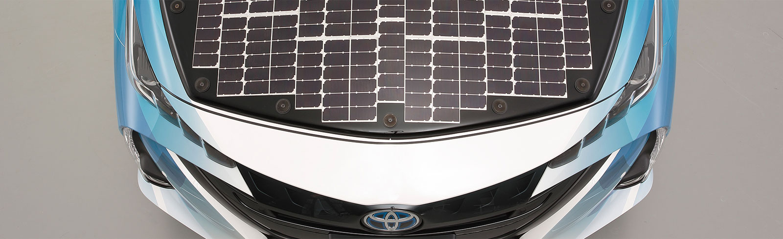 Toyota, Sharp and NEDO will start public road trials of EVs with high-efficiency solar batteries