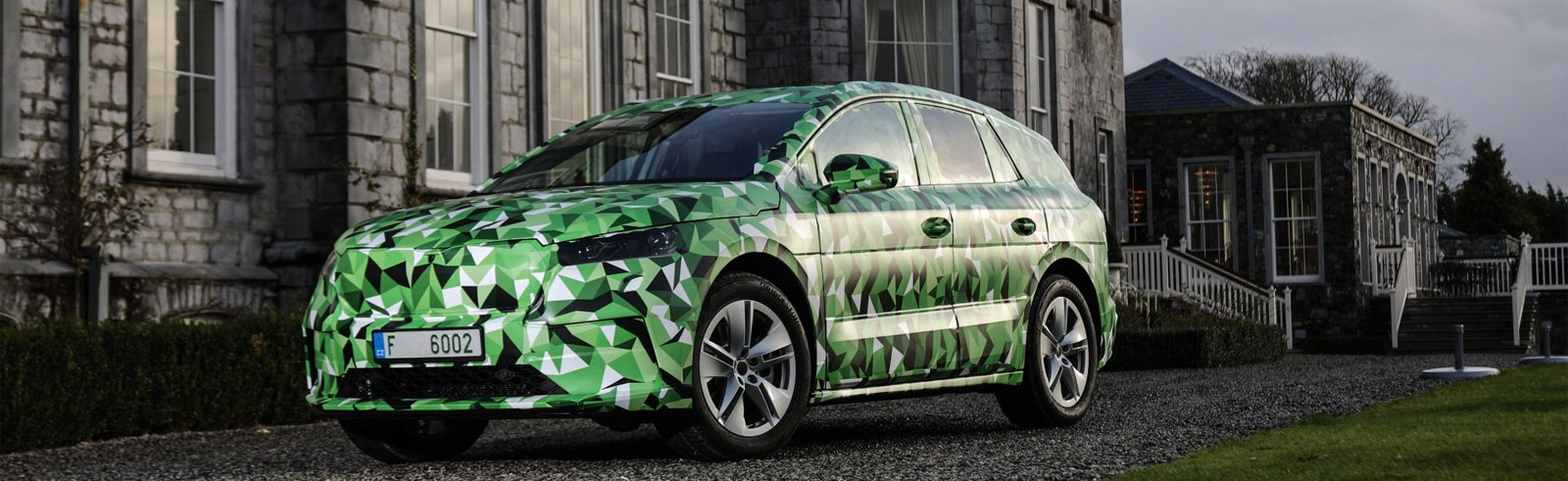Škoda ENYAQ iV will come in a wide range of versions, the top one will offer up to 500 km of range