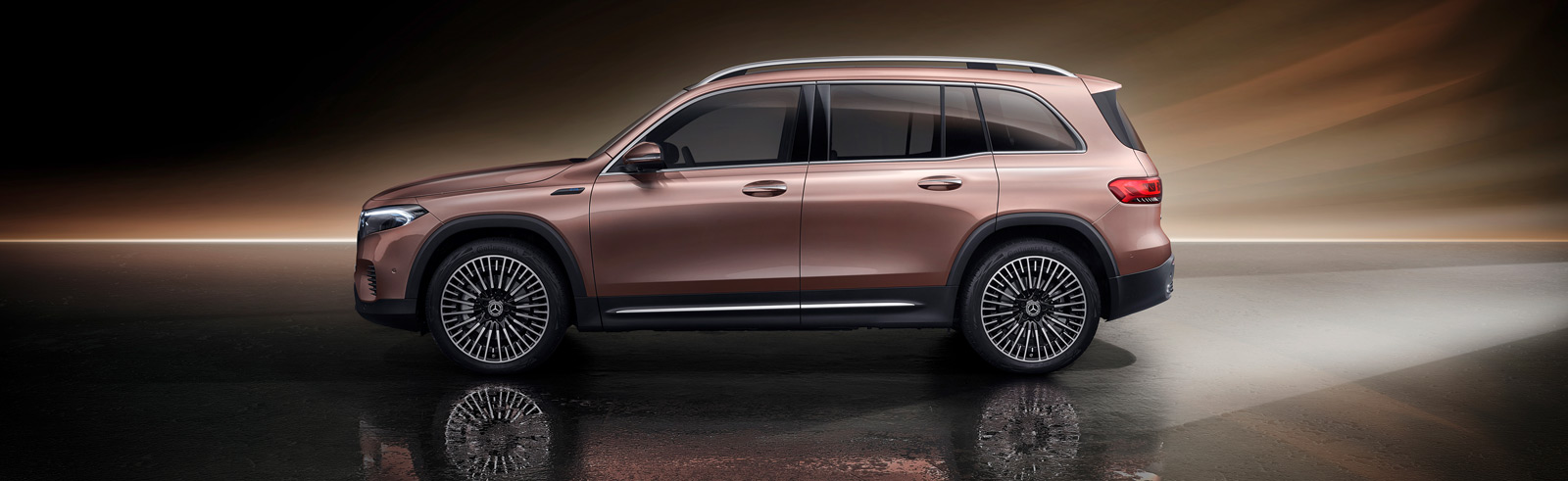 The 2022 Mercedes-Benz EQB goes official, will be available in China first, followed by Europe and the USA