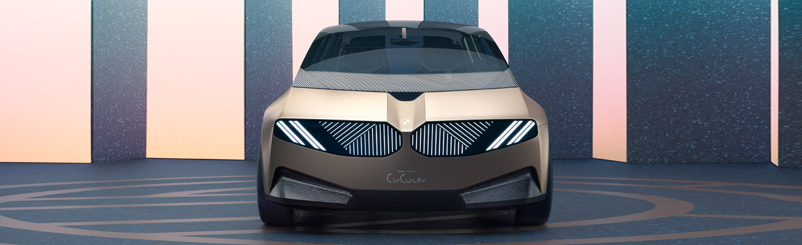 The BMW i Vision Circular - the ultimate driving machine