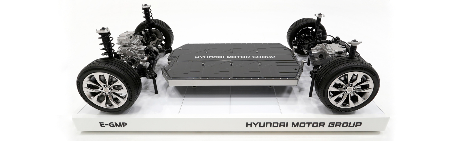 Kuo says Apple will collaborate with Hyundai on the furutre Apple Car, wll turn to GM and PSA as well