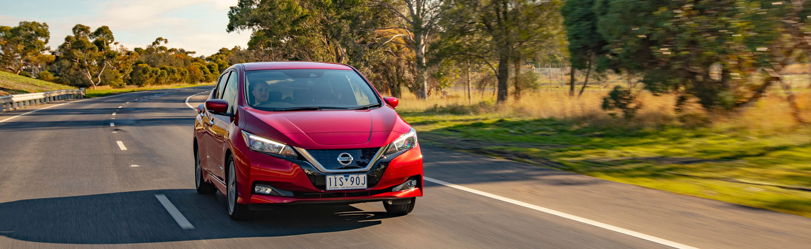 Nissan Leaf now available in Australia, costs AUD 49,990